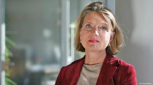 Барбара Везел - В ЕС има много регулации и директиви. Срещу тях е по-лесно да се роптае, отколкото да бъдат отменени.