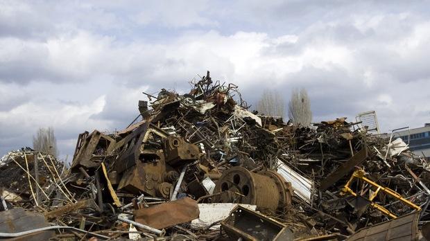 Банковата гаранция за площадките за метали ще намалее от 25 хил. на 15 хил. лв. © ЦВЕТЕЛИНА БЕЛУТОВА