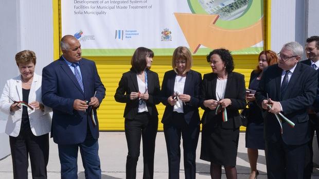 """Кметът за пореден път увери, че такса """"смет"""" за софиянци няма да се увеличи заради завода, защото 84% от финансирането е от ЕС./ © ЮЛИЯ ЛАЗАРОВА"""