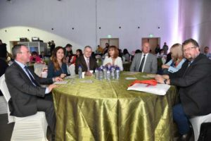 Аудиорията в залата активно участваше в експертния разговор с въпроси и мнения. Форумът продължи над три часа
